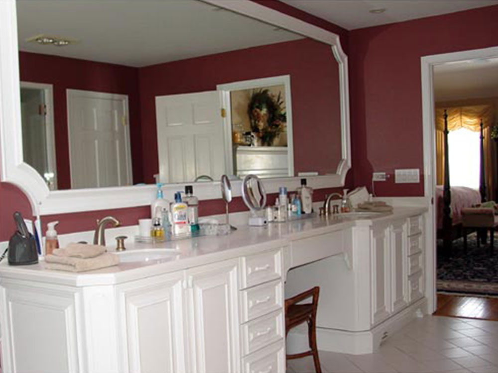 Bathroom White Cabinets